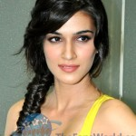 Kriti_Sanon_at_the_launch_of_'Whistle_Baja'_song_from_'Heropanti'
