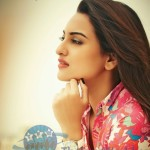 Sonakshi-Sinha-Awesome-Wallpapers-funroundup